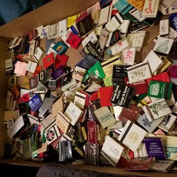 Flea market find 430 matchbooks - Tobacciana