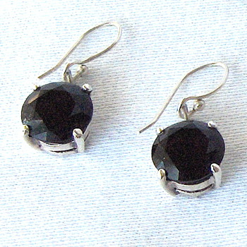 Recent Vintage Asian Dark Amethyst Rhodium Sterling Drop Earrings - Fine Jewelry