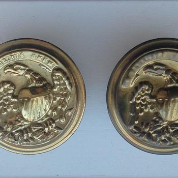 E Pluribus Unum Eagle knobs?