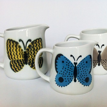 Arabia - Butterfly jugs - Art Pottery