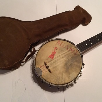 S.S. Stewart UNIVERSAL  ukulele