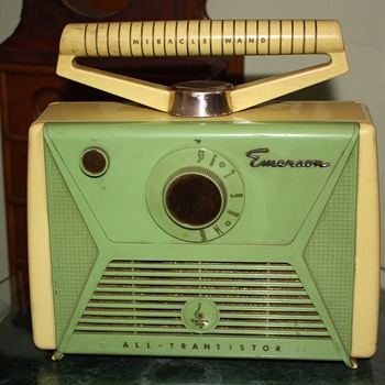 Emerson Miracle Wand Radio - Radios