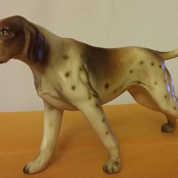 English Pointer Standing Hunting Dog china figurine
