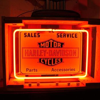 Vintage Harley Davidson Neon