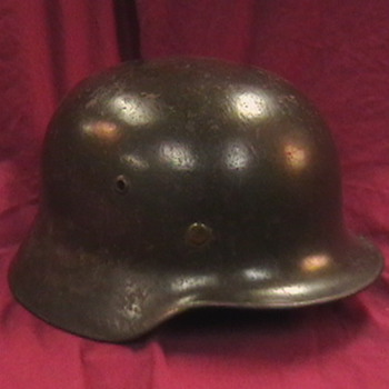 WW II German M 35 Helmet - Military and Wartime