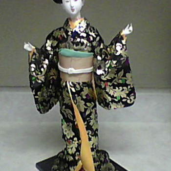 JAPANESE DOLL 2 - Dolls