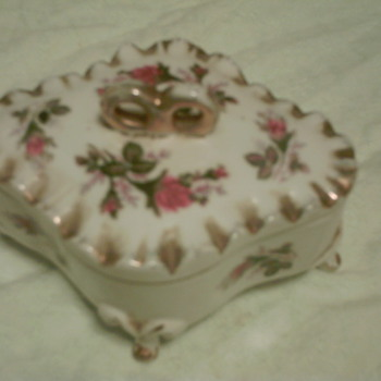 beautiful &quot;jewelry&quot; box - Fine Jewelry