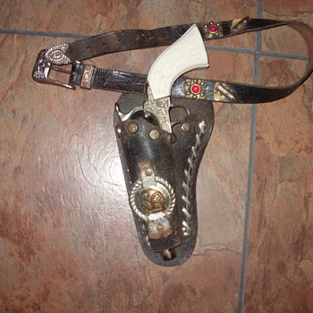1940s roy rogers belt and holster