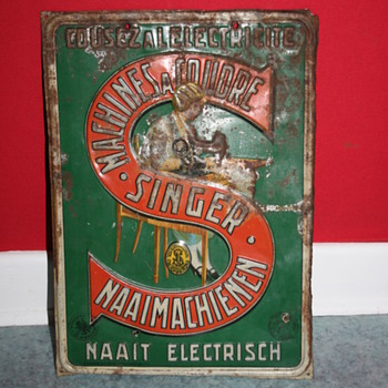 singer sewing machine tin sign - Advertising