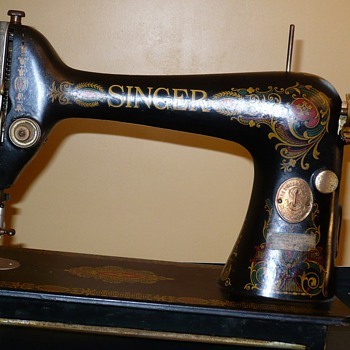 Singer 1910 Redeye Treadle Sewing Machine - Sewing