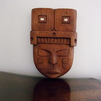 African Tribal Mask / Wall Hanging