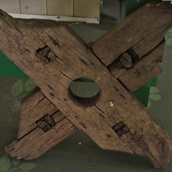 Ancient wooden wagon wheel? - Tools and Hardware