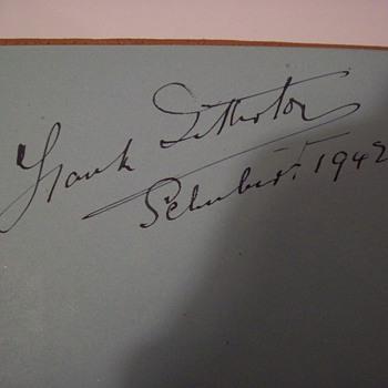 autographs  - Paper