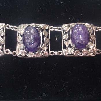 Arts & Crafts Amethyst Bracelet