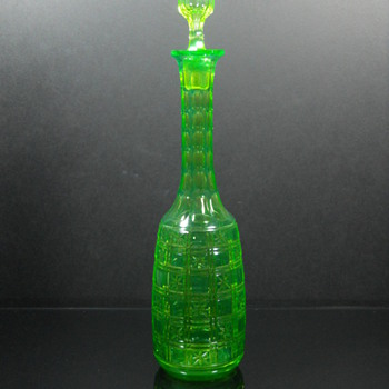 Val St Lambert Green cut to vaseline decanter - Glassware