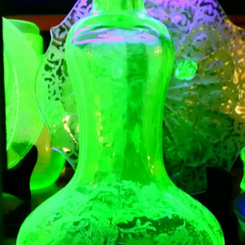 Rare Green Glass Paden City Black Forest Decanter