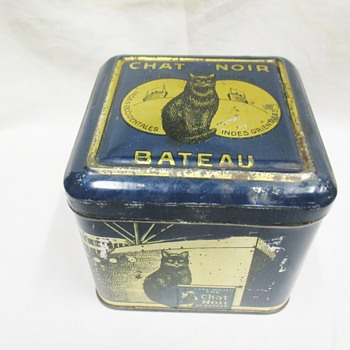 Rarest Le Chat Noir( The Black Cat )coffee tin (Belgium around 1920)