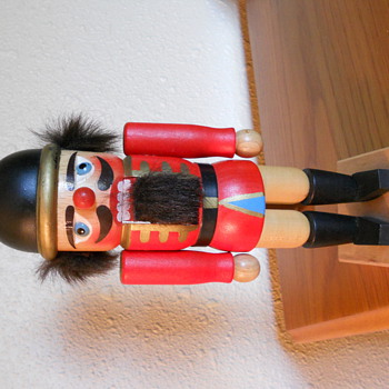 Holzkunst Christian Ulbricht Nutcracker, Handmade in West Germany - Christmas