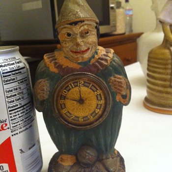 Lux clown clock