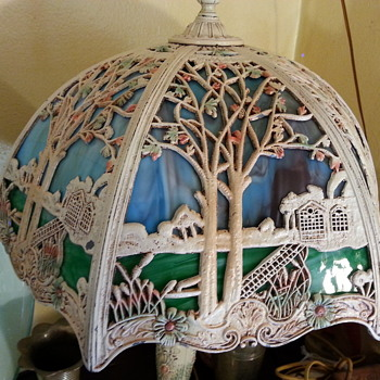 Salem Bros. Slag glass cottage scene lamp w/ original paint