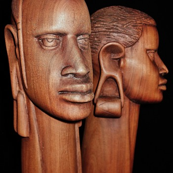 Pair of Vintage African Longneck Bust in Rosewood  - Visual Art