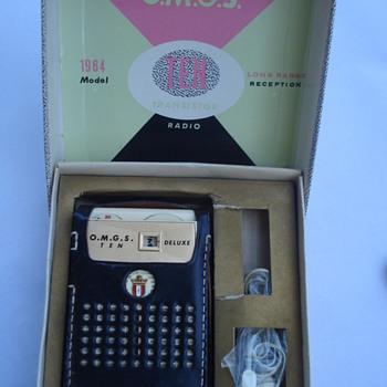1964 DELUXE O.M.G.S TEN RADIO