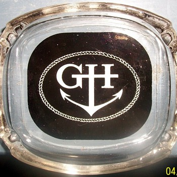 Vintage 1950's Chicago Graemer Hotel glass ashtray
