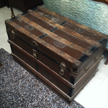 Steamer trunk before and after