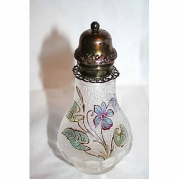Unknown Victorian Art Glass shaker