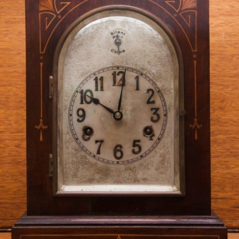 H.A.C. mantel clock - Clocks