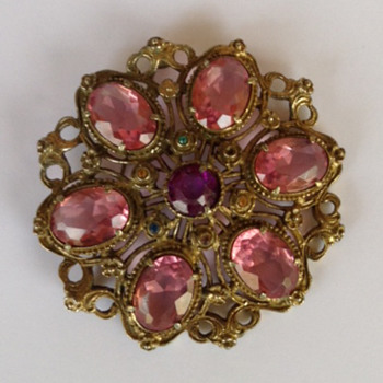 Large lavender glass jewel Brooch. - Costume Jewelry