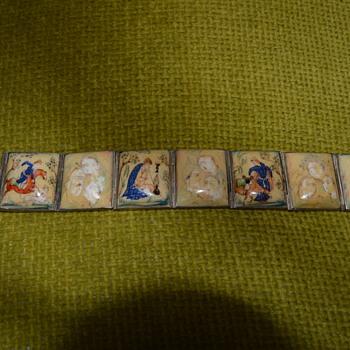 Oriental storyteller bracelet - Costume Jewelry