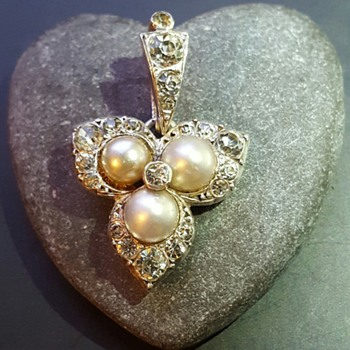 Antique silver, pastes and faux pearls pendant, etruscan urn maker's mark!