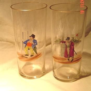 Unusual bar glass hand painted inebriated gentlemen - Glassware
