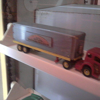 Old Aurora built ho scale White tractor/trailer
