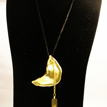 Vintage Miriam Haskell Fortune Cookie Necklace - Costume Jewelry