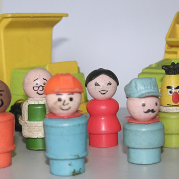 Sesame Street finger dolls