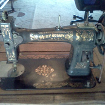 1900's Family White Rotary Treadle sewing machine  - Sewing