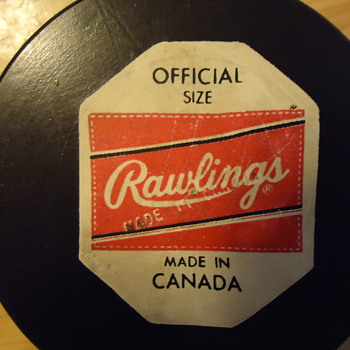 Rawlings St. Louis Blues Hockey Puck