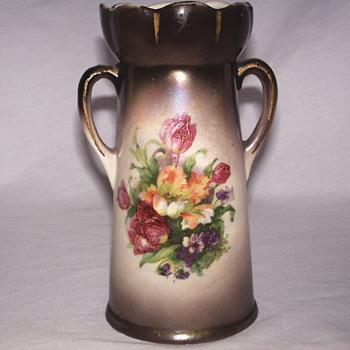 Czechoslovakia Vase, Victorian era'Circa 1900 - Art Pottery