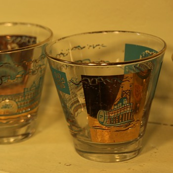 Set of Cocktail Glasses with Riverboat Theme - George Briard?