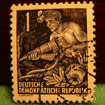 1953-54 Deutsche Demokratische Republic 5 Stamp - Stamps
