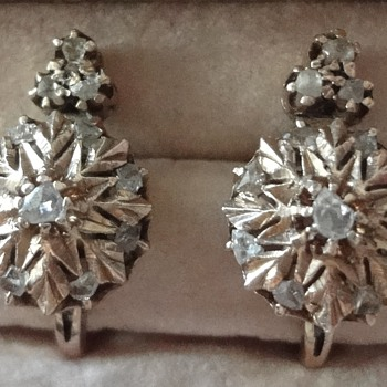 Victorian  rose gold, rose cut diamonds earrings