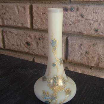 milk glass with raised design