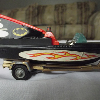 BAT BOAT