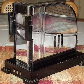 1934 Handyhot Art Deco Toaster, Model AEUB, Chicago  Electric Manufacturing Co.