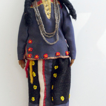 Sioux Indian Dolls - South Dakota - Circa 1890 - Native American