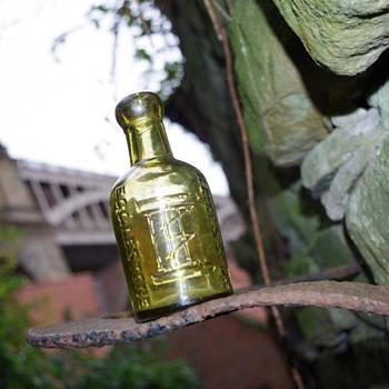 Raine  & Sons Egglestone  - Bottles