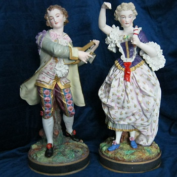RENISSANCE FIGURINE PAIR - Art Pottery