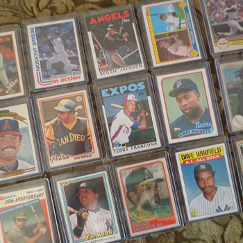 Awesome Lot of Vintage Baseball Cards